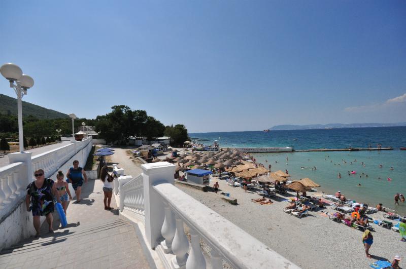 попасть пляж пансионата кабардинка фото понимаете